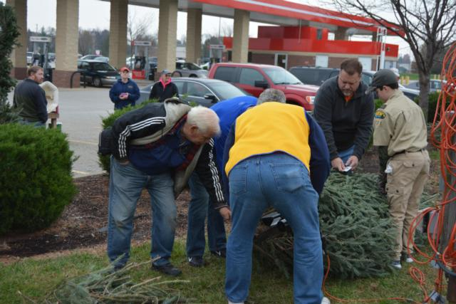 Edwardsville Lions Club Tree Sales Off To Bustling Start