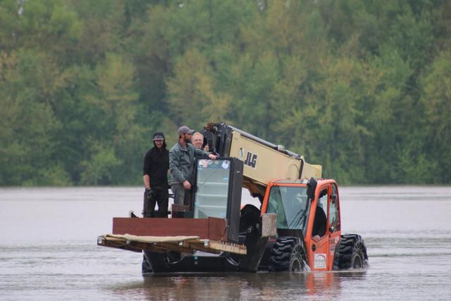 Rivers Continue to Rise: Area Prepares for Projected Crests
