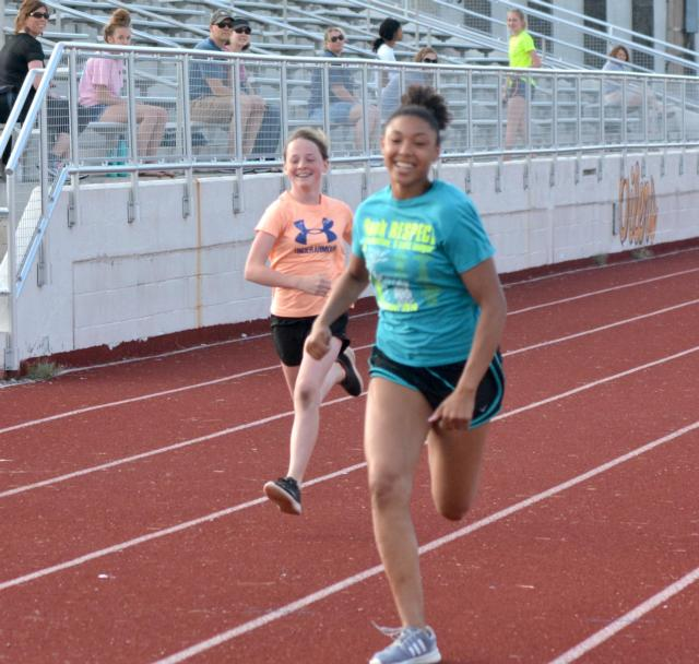 Alton Road Runners Club Summer Track Series Opens 2019
